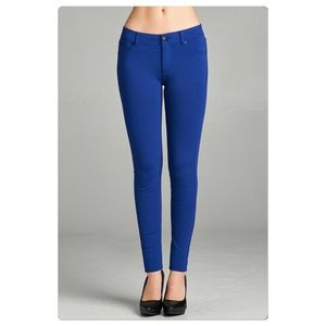 Pants - Super stretchy shaping skinny ponte pants, sz. L